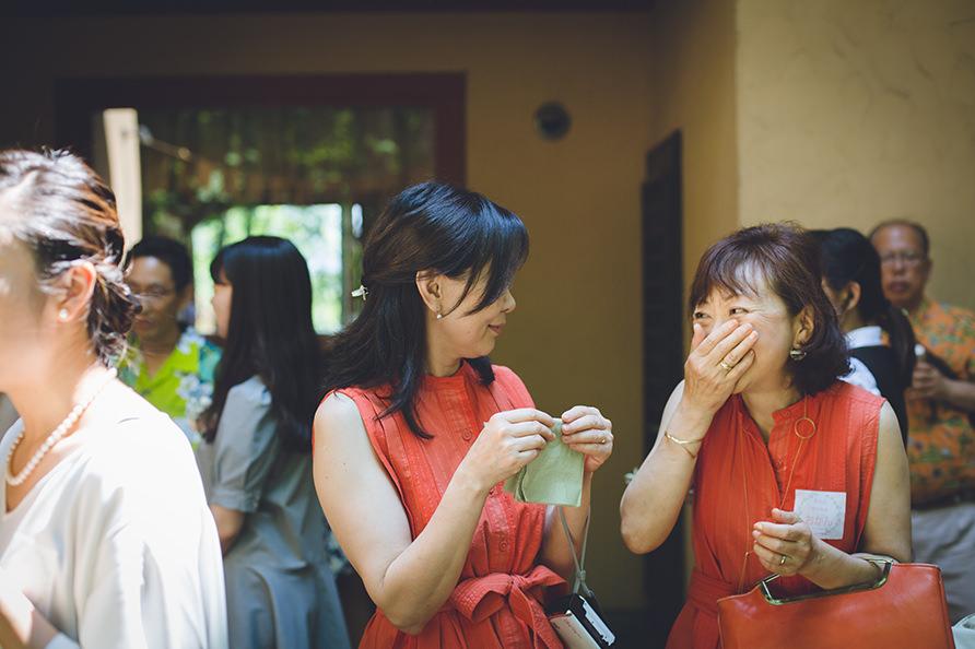 カジュアルな結婚式の様子